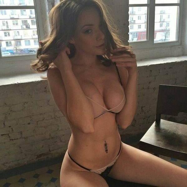 Fickchat Testen Und Die Sexy Titten Von Diesem Hübschen Live Cam Girl Nackt Sehen